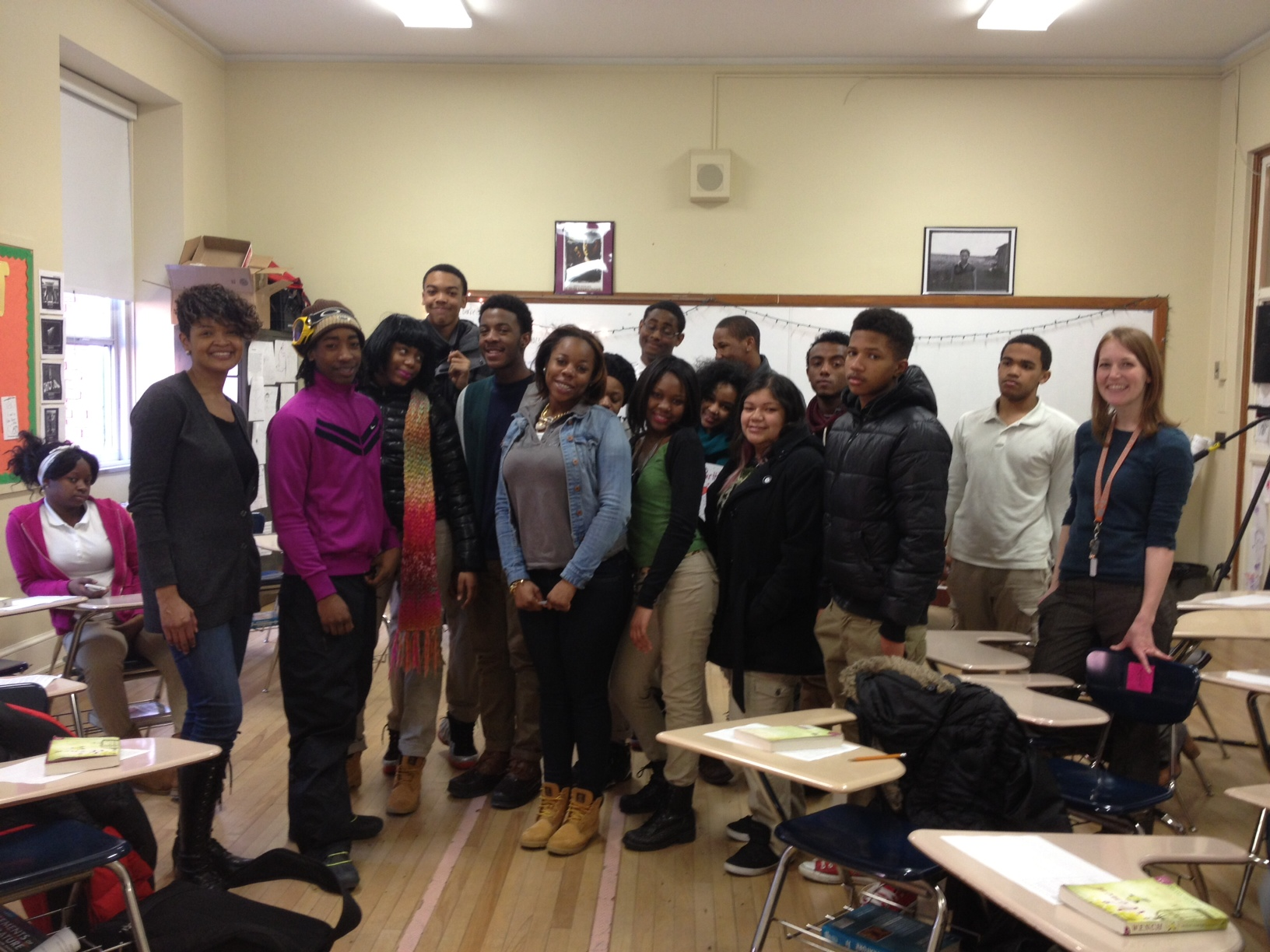 Dolen Perkins-Valdez (far left) poses with students following her visit to Coolidge High School.
